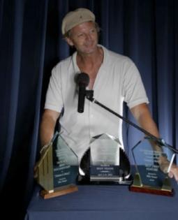 awards-left